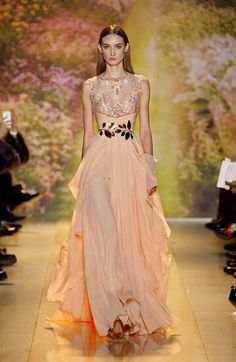 Zuhair Murad , Haute Couture , Spring/Summer . Can you make it any more magical?!
