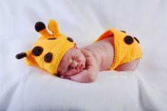 Children and family Children And Family, Portfolio Design, Crochet Hats, Beanie, Portfolio Design Layouts, Knitting Hats, Beanies, Beret