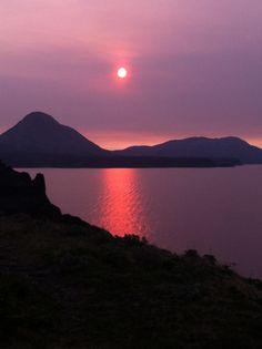 Kodiak, Alaska sunset コディアック、アラスカの夕日 Kodiak Alaska, Sun Sets, Traveling, Island, Space, Nature, Photography, Outdoor, Beautiful