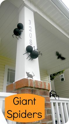 Simple tutorial on making these giant spiders.  Perfect Halloween craft to do with kids.  And a simple tip on how to hang these on your house without drilling or nailing.