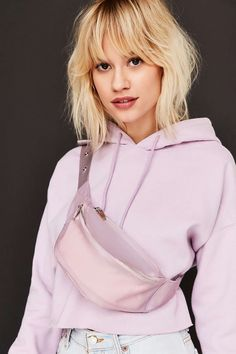 Fashion Wants You To Wear A Fanny Pack Like This+#refinery29