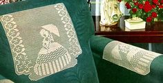 Garden Walk Chair Set Pattern  Free pattern...I think I'll work this in cotton as a table runner and seat covers.