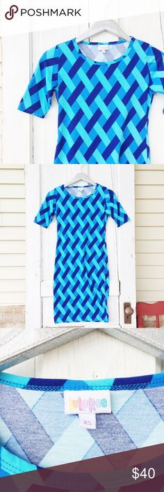 Lularoe Julia Dress    Blue Latice Pattern ★ Excellent Condition!💕 ★ Reasonable Offers Accepted  ★ Measurements Available Upon Request ★ Hot Trend 🔥 ★ Pair with Some Sexy Blue Heels ✨ ★ NO TRADES ★ NO MODELING (Juliedd) LuLaRoe Dresses