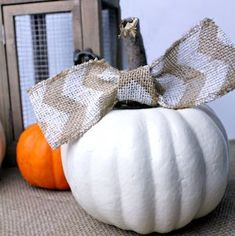 Best Dollar Store Fall Decor Ideas for Home Interior - Decor Real Easy Halloween Decorations, Halloween Candles, Halloween Party Decor, Halloween Wreaths, Spooky Halloween, Rustic Halloween, Halloween 2018, Halloween House, Pumpkin Topiary