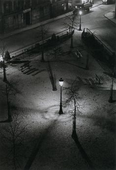Photos - Fotos: Andre Kertesz - varied photos - fotos variadas - Part 1 - Links Andre Kertesz, Night Photography, Amazing Photography, Street Photography, Art Photography, Budapest, Paris At Night, New York City, Magnum Opus