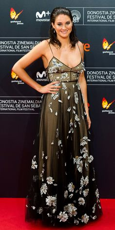 Shailene Woodley owned the red carpet for the premiere of Snowden at Spain's San Sebastian Film Festival Thursday night.