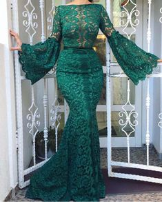 Flare Sleeve Evening Dresses Long Elegant Mermaid Hunter Green Lace Evening Gown Women Formal Dress veil Source by Green Evening Dress, Lace Evening Gowns, Evening Dresses With Sleeves, Cheap Evening Dresses, Mermaid Evening Dresses, Formal Dresses For Women, Green Gown, African Lace Styles, African Lace Dresses