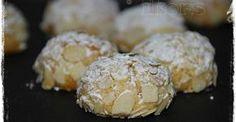 Sizilianische Mandorlini   (32 Stück)      100 g Zucker      15 Sek./St.10      150 g gemahlene Mandeln (ohne Haut)   30 g Mehl 405er...