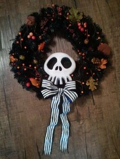 DIY Nightmare Before Christmas Halloween Props: DIY Haunted Mansion Holiday Wreath Prop. This one has the skull printout for a guide. Haunted Mansion Halloween, Disney Halloween, Halloween Town, Holidays Halloween, Halloween Themes, Vintage Halloween, Halloween Crafts, Halloween Decorations, Happy Halloween