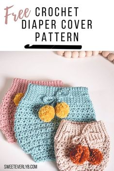 A free crochet diaper cover pattern that has a high waisted style. I love how the stretchy band makes for a perfect fit for baby. Crochet your own modern high waisted bloomers. A Modern High Waisted Crochet Crochet Baby Bloomers, Crochet Bebe, Crochet Baby Clothes, Crochet For Kids, Crochet Baby Cocoon, Newborn Crochet, Crochet Baby Props, Knitted Baby, Blanket Crochet