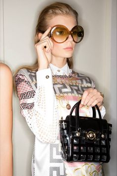 Versace Spring 2015  - redondos