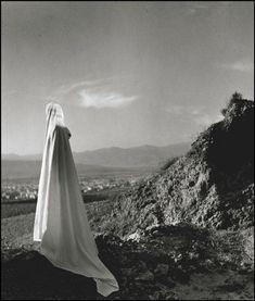 "neo-catharsis: ""Herbert List, Spirit of Lycabettus, Athens, Greece, 1937 "" Herbert List, Paris Photography, Modern Photography, Fine Art Photo, Photo Art, Santorini Island, Inner World, Famous Photographers, Magnum Photos"