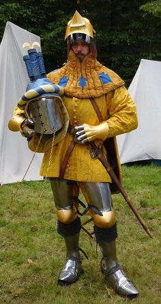 Lnhight armor basci et helmet and great helm helme  Armor plate medieval coat yellow 14th century