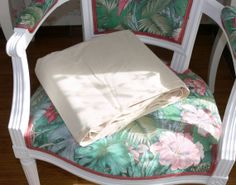 Vintage Linen French Piece of Metis unused and by LaCassoulere, €45.00