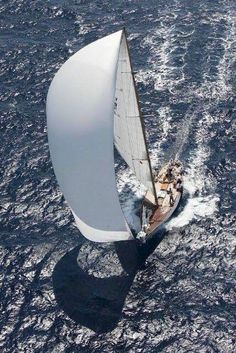 Panerai Classic Yachts, downwind with spinnaker up or kite up Classic Sailing, Classic Yachts, Sail Racing, Beyond The Sea, Dinghy, Sail Away, Set Sail, Speed Boats, Sailing Ships