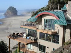 Oregon on the Coast - Sorry Wendy and Steve  Neskowin House Rental: Ocean Front-private Beach Access, 6 Brm, Hot Tub, Sleeps 18   HomeAway Luxury Rentals