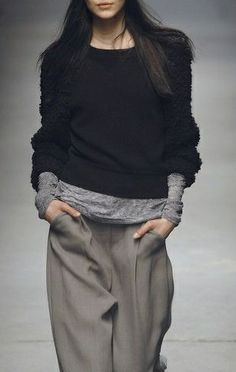 alexander wang Total luv especially the beanie Outfits 2019 Outfits casual Outfits for moms Outfits for school Outfits for teen girls Outfits for work Outfits with hats Outfits women Fashion Mode, Look Fashion, Runway Fashion, Fashion Beauty, Winter Fashion, Womens Fashion, Fashion Design, Fashion Trends, Mode Outfits