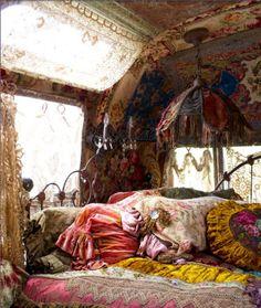 Gypsy room