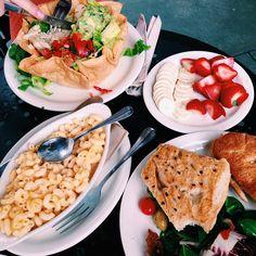 Urth Cafe LA @__kelseytaylorr