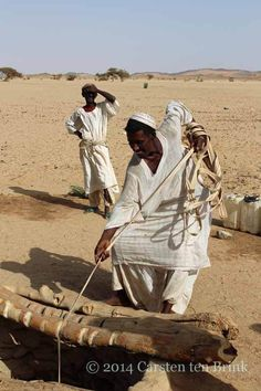 "https://flic.kr/p/qRW5x5 | The Bisharin at the well - ""pull!"" 