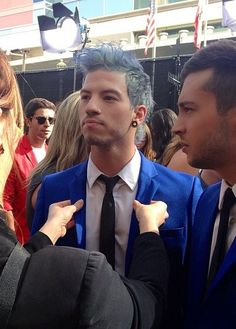 "josh dun |-/ twenty one pilots |-/ ""what is that girl trying to fix! leave him alone he's perfect!!"