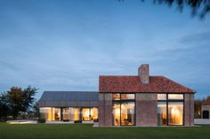 Residence DBB by Govaert & Vanhoutte Architects (33)