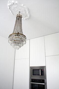 Masculino Singular | RÄL167 - Interiorismo, decoración, reforma y diseño de interiores Singular, Ceiling Lights, Lighting, Home Decor, Masculine Interior, Interior Design, Flats, Righteousness, Lights