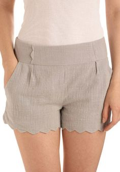 Sweetie Shorts: The most lovely shorts I have ever seen. And one of the few applications of scalloping that I adore.