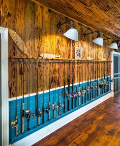 Personalizing your man cave is all about displaying your interest. A well-decorated wall with a fisherman& most cherished collection, his best fishing rods. Source by improvenet The post 2020 Interior Designer Cost Fishing Pole Storage, Fishing Poles, Fishing Tips, Fishing Shop, Fishing Basics, Diy Fishing Rod Holder, Fishing Tackle Store, Tackle Shop, Kayak Storage