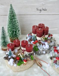 Creating a Rustic Winter Christmas Centerpiece can be easier than you think. Come see these creative ideas for creating your own Rustic Winter Centerpiece! Christmas Advent Wreath, Christmas Journal, Christmas Hearts, Xmas Wreaths, Christmas Scenes, Winter Christmas, Christmas Holidays, Christmas Candles, Winter Centerpieces