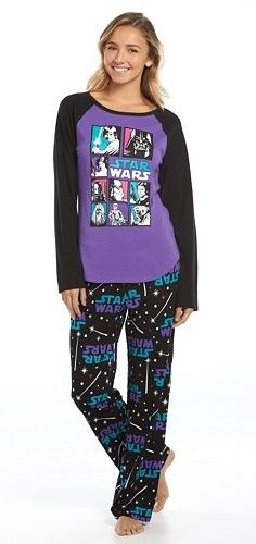 These are definitely the pjs you've been looking for. Comfy microfleece pants and fun Star Wars graphics make these juniors' pajamas a must-have. Geek Fashion, All Fashion, Fashion Ideas, Lazy Day Outfits, Cool Outfits, Star Wars Pajamas, Cute Pjs, Star Wars Outfits, Pajamas Women