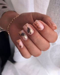 Whether you are a housewife housewife or a professional woman in the workplace, you can find a suitable square nail for yourself in this article. Work Nails, Aycrlic Nails, Nail Manicure, Hair And Nails, Nail Polish, Cute Acrylic Nails, Cute Nails, Pretty Nails, Square Nail Designs