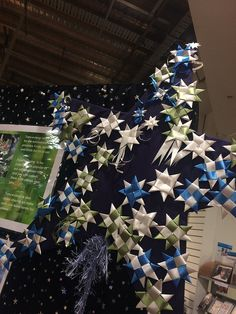 """Matariki is the Māori name for the star cluster known as Pleiades. The full name is """"Ngā mata a te Ariki Tawhirimātea – the eyes of the God… Food Art For Kids, City Library, Little Star, Creative Kids, Arts And Crafts, Christmas Tree, Table Decorations, Libraries, Holiday Decor"""