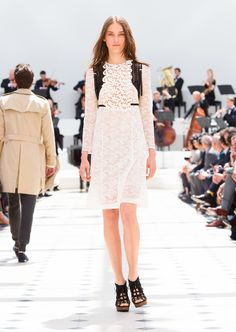 Burberry Spring/Summer 2016. Womenswear preview. Off-white floral macramé lace dress
