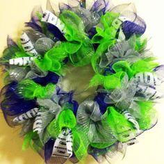 Seattle Seahawks 12th Man Wreath by FlyFarBowsAndDreams on Etsy