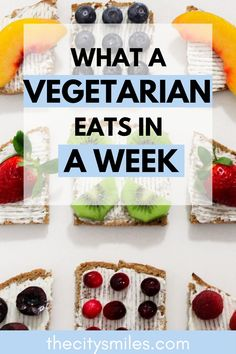 Take a look inside the life of a vegetarian and what one eats in a week! As a student pressed for time, these vegetarian meals are great for quick college dinners or a young adult on the go. This post contains a full week of easy and filling vegetarian meals for breakfast, lunch, and dinner. Vegetarian recipes often get riddled with replacement meats or complicated substitutes, but these meals are so quick, even meat-eaters will love them! Beginner Vegetarian, Vegan Recipes Beginner, Recipes For Beginners, Vegetarian Meals, Meals For The Week, Dinners, College, Lunch, Student