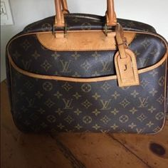 Authentic Louis Vuitton Deauville Shows wear but have a beautiful vintage look. Scuffing and Wear outside. Light staining inside and tarnishing and scuffing to the hardware. This Vintage purse is more than 10yrs old. The DATECODE ALREADY FADED DUE TO ITS AGE. PLS NOTE I SHIP MY ITEMS ATLEAST 4 DAYS. You will be keep updated. Louis Vuitton Bags Shoulder Bags