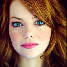 Emma Stone has the prettiest blue eyes ever!!