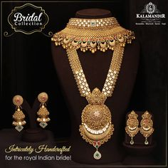 discount offer This Wedding season, Shop from Kalamandir amp; participate in Jitna Bada Luck, Utna Bada Discount offer Avail upto OFF on labour Tamp; Antique Jewellery Designs, Gold Earrings Designs, Gold Jewellery Design, Necklace Designs, Gold Jewelry, Gold Necklace, Indian Jewelry Sets, Indian Wedding Jewelry, Bridal Jewelry Sets