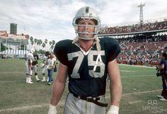 Oakland Raiders Howie Long