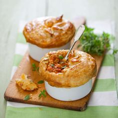 Chicken Curry Pot Pies are fiery and delicious, great to serve for brunch.