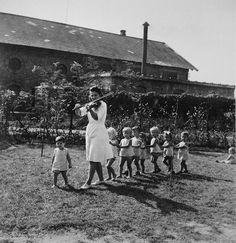 David Seymour  -   Kindergarten Budapest, Hungary  -1948