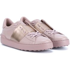 Valentino Leather Rockstud Trainers ($695) ❤ liked on Polyvore featuring shoes, sneakers, leather trainers, pale pink shoes, leather sneakers, genuine leather shoes et leather footwear