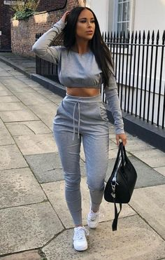Grey Crop Jumper Loungewear Set – Deanna Lounge in style in our grey crop jumper loungewear set featuring cropped hoodie and long legged pants. Style with some cool, chunky trainers and you're good to go! Chill Outfits, Cute Comfy Outfits, Sporty Outfits, Swag Outfits, Classy Outfits, Trendy Outfits, Summer Outfits, Fashion Outfits, Fashion Ideas