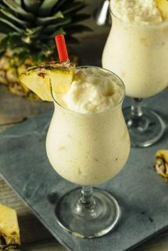 Frozen Piña Colada Cocktail Recipe - The Ideas Kitchen