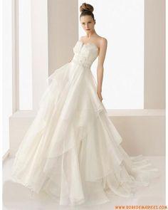 Robe de mariée moderne en organza blanche