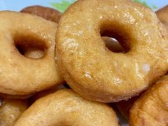 Doughnut, Donuts, Robot, Desserts, Youtube, Healthy Dishes, Food, Sweet Recipes, Deserts