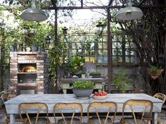 WOWZER-This is COOL!!!  15 Outdoor Rooms for Entertaining : Outdoor Projects : HGTV Remodels