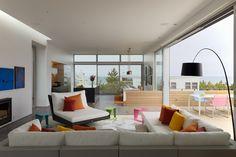 Гостиная пляжного дома Beach Walk House в Нью-Йорке