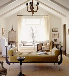 LOVE the antique daybed